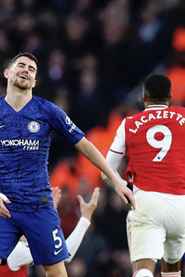Premier League: City tombe à domicile, Arsenal et Chelsea gagnent